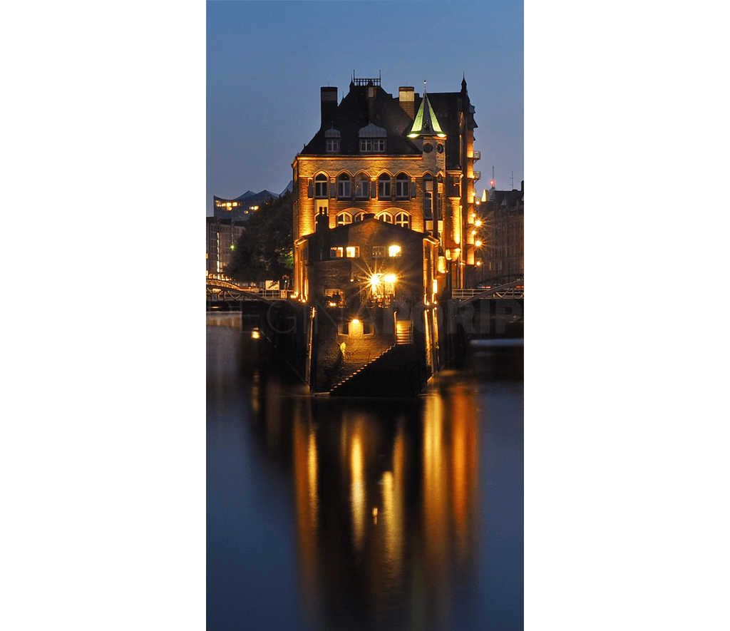 Hamburg Speicherstadt 26 – Alu-Dibond Plexi – 40 x 80 cm